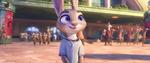 Judy Senyum 3