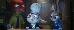 Nick, Judy und Bellwether beobachten die Verkehrskameras