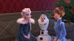 Olaf's-Frozen-Adventure-30