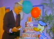 DOnald-Ducks-50th-Birthday-with-Dick-Van-Dyke-32
