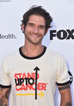 Tyler Posey Stand up to Cancer event