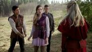 Once Upon a Time in Wonderland - 1x08 - Home - Red Queen Confrontation