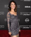 Vanessa Lengies SW Rogue One premiere
