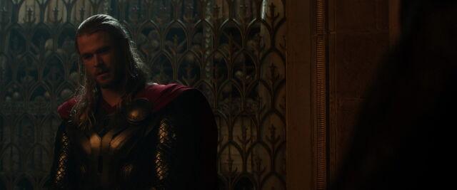 File:Thor-dark-world-movie-screencaps.com-3704.jpg