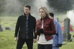 Once Upon a Time - 5x12 - Souls of the Departed - Publicity Images - Emma worried
