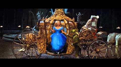 Disney España - Cenicienta - Feliz Año Nuevo