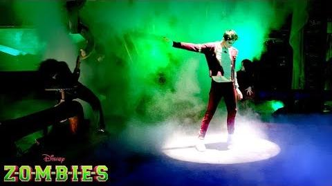🎉 Trailer 1 🎬 Z-O-M-B-I-E-S 😱 Disney Channel