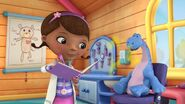 Doc-McStuffins-Bronty breath