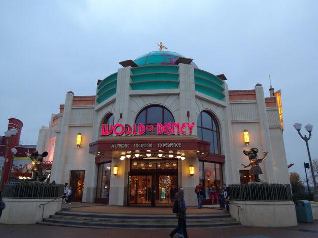 File:World of Disney - Disneyland Resort Paris.jpg