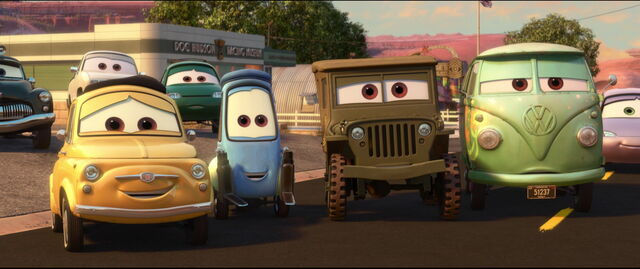 File:Cars2-disneyscreencaps.com-11087.jpg