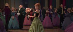 Der Herzog und Anna tanzen