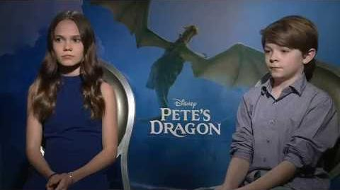 Pete's Dragon Interview - Oakes Fegley & Oona Laurence