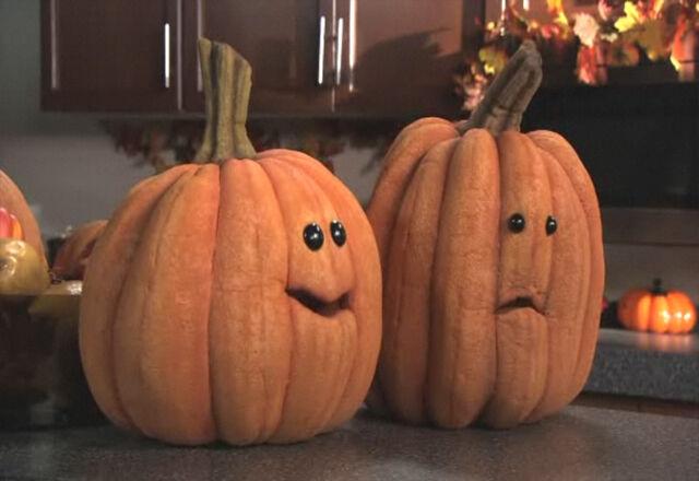 File:PumpkinCarving02.jpg
