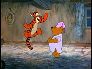 Winnie-the-Pooh-and-the-Blustery-Day-winnie-the-pooh-2021762-1280-960