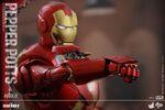 Iron Man Mark IX and Pepper Hot Toys 16