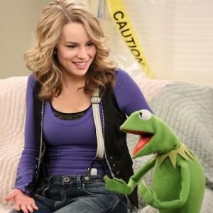 File:Good-luck-charlie-muppets-400 0.jpg
