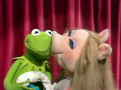 User blog:Carebearheart/Bring Miss Piggy and Kermit back