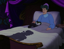 LadyTremaine&Lucifer cama