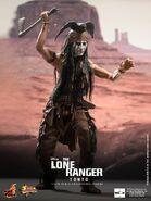 Hot-Toys-Lone-Ranger-Tonto-05-1-