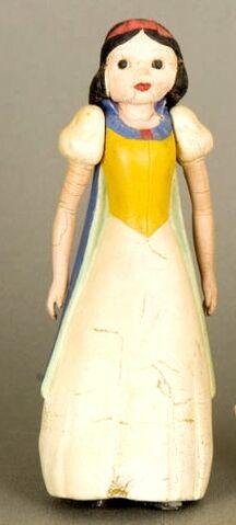 File:Blog snow white seiberling.JPG