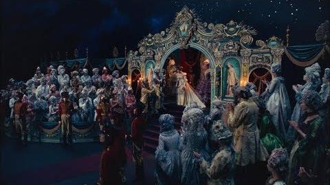 Щелкунчик и Четыре королевства - Актеры о костюмах