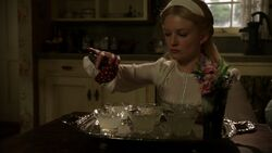 Once Upon a Time - 7x09 - One Little Tear - Poisoning