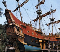DIsneyland Pirate Ship Stern