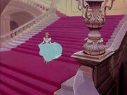 640px-Cinderella-disneyscreencaps.com-6374