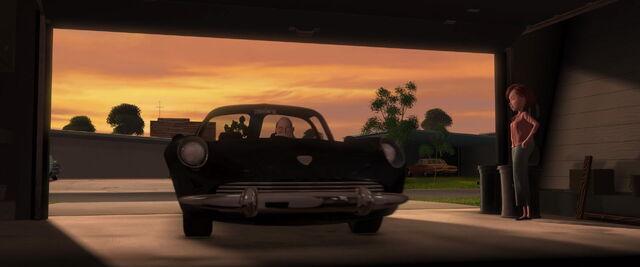 File:Incredibles-disneyscreencaps.com-4933.jpg