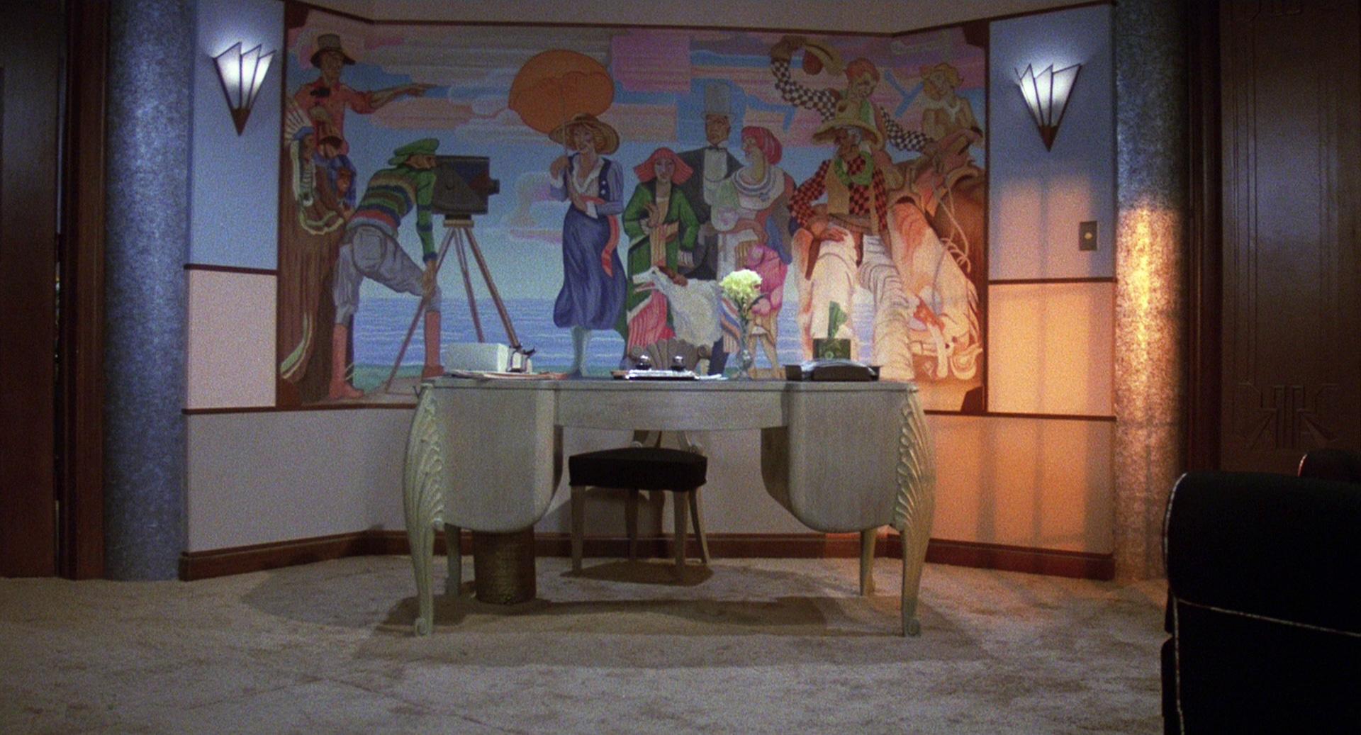 deco office. Miss Tracy Office Art Deco.jpg Deco U