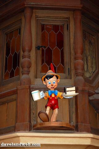 File:Pinocchiovillage.jpg