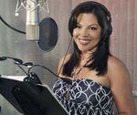 Sara Ramirez behind the scenes StF