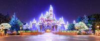Disneyland-sleeping-beauty-winter-castle2-815x338