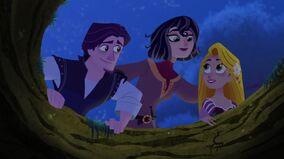 Eugene, Cassandra udn Rapunzel wiedervereint