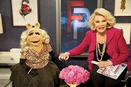 E!-FashionPolice-Piggy&Joan-(2012-03-30)-06