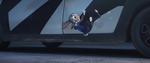 Telinga Judy tersangkut