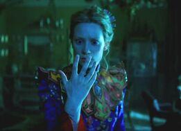 Alice-through-the-looking-glass-debuts-suspenseful