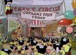 Mickeys circus 4large