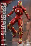 Iron Man Mark IX and Pepper Hot Toys 11