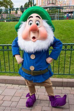 Sneezy | Disney Wiki | FANDOM powered by Wikia