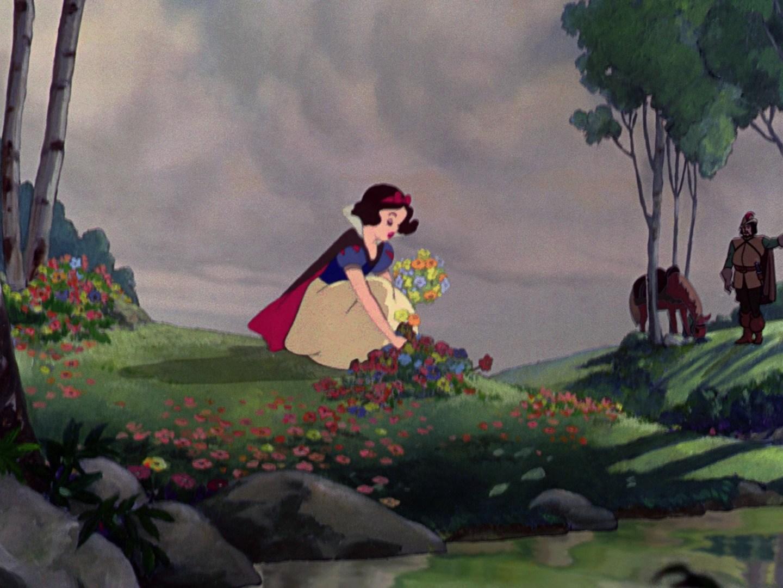 Forest snow white and the seven dwarfs disney wiki fandom powered by wikia - Casa blancanieves simba ...