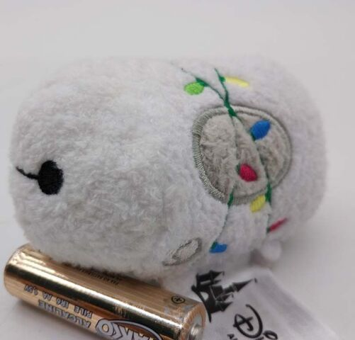File:Holiday Baymax 2016 Tsum Tsum Mini.jpg