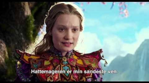 Alice i Eventyrland Bag Spejlet Dansk trailer