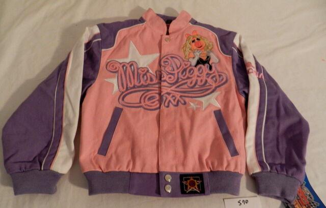 File:Fast time jacket piggy 1.jpg