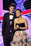 Ashton Kutcher Mila Kunis Breakthrough Prize