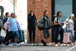 Zendaya-tom-holland-on-the-set-of-spider-man-far-from-home-in-in-venice-1