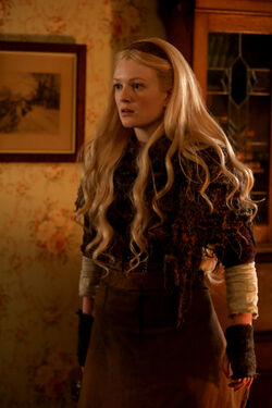 Once Upon a Time - 7x09 - One Little Tear - Photography - Rapunzel