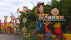 Toy Story Land DHS Entrance