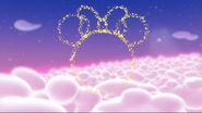 Minnie's head made of pixie