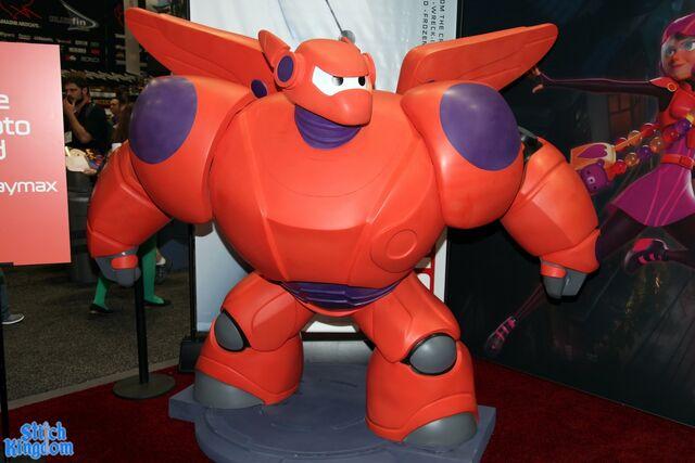 File:Baymax statue.jpg